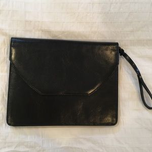 Brookstone leather tablet case nwot